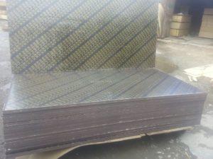 Фанера ламинированная 2440х1220х21 мм тополь Китай